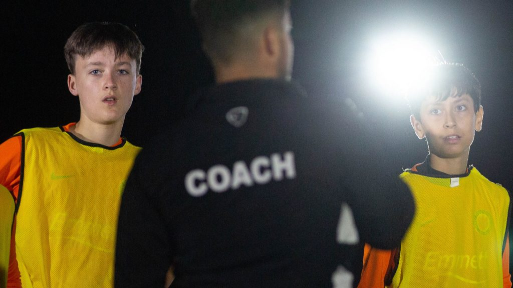 Become a football coach with your FA Level 1